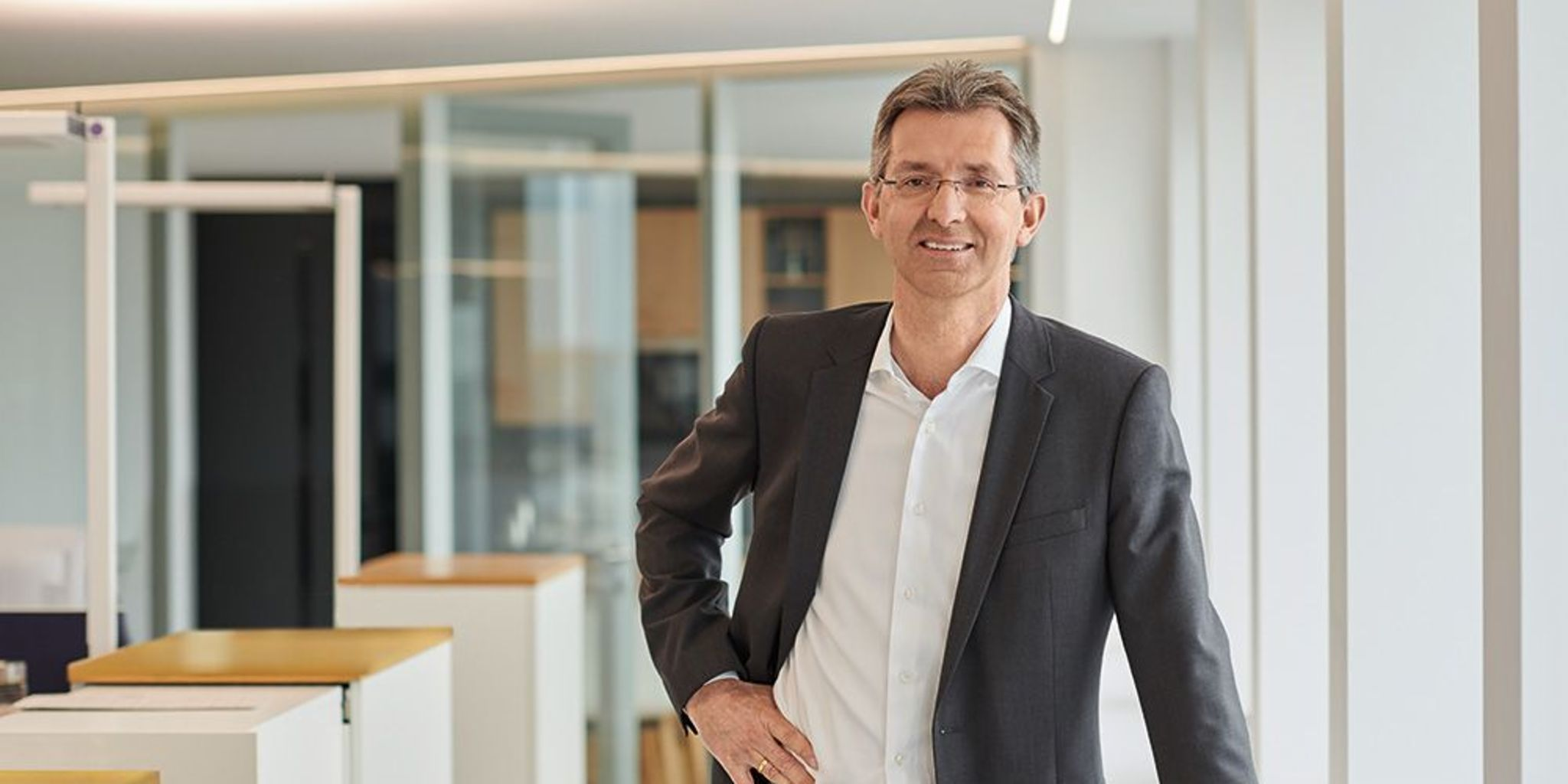 Investments: CFO Justus Hecking-Veltman on the EOS Group's outstanding results in financial year 2018/19